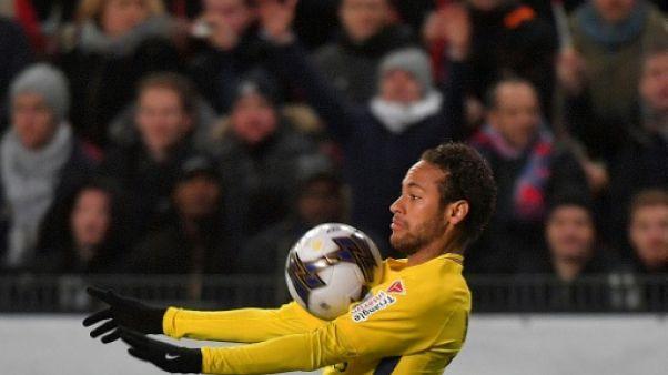 """Paris SG: """"Comment Neymar joue, c'est un spectacle"""", estime Emery"""