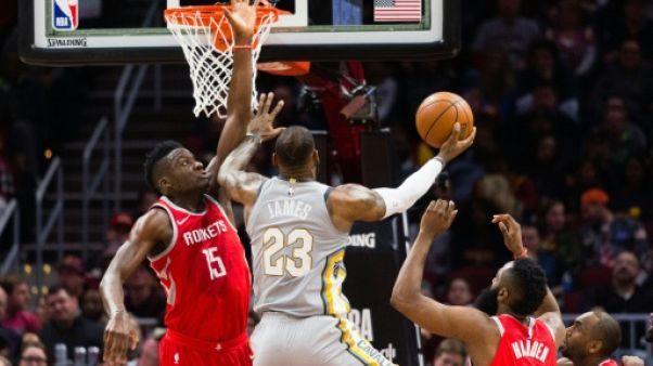 NBA: Cleveland sombre face à Houston, Golden State rechute