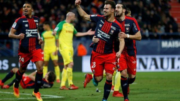 L1: Guingamp parmi les poursuivants, Nantes battu à Caen