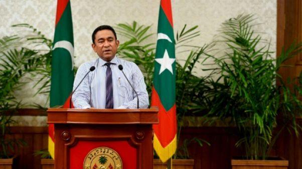 Maldives: le régime arrête le plus haut juge du pays et aggrave le chaos