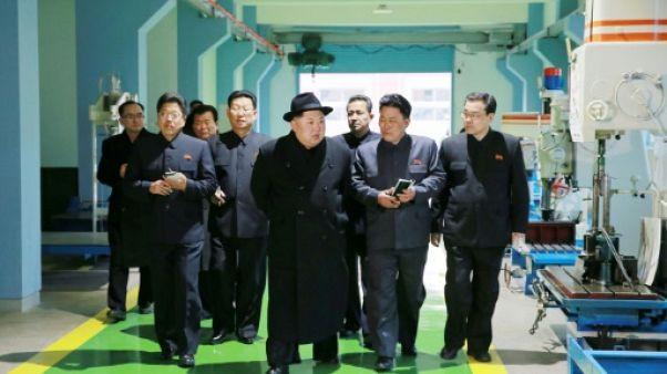 """Kim Jong Un: la Corée du Nord est """"une puissance militaire de classe mondiale"""""""