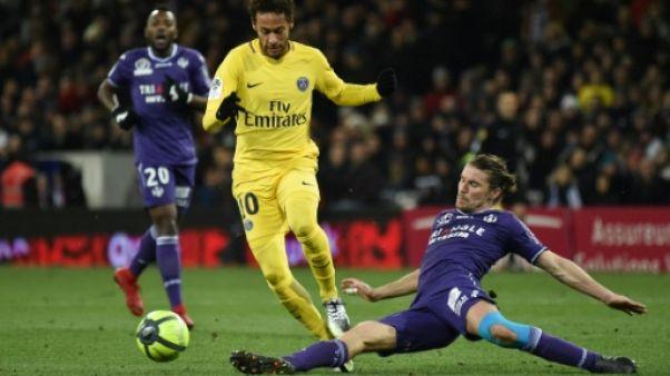 Ligue 1: service minimum pour le PSG à Toulouse avant le Real