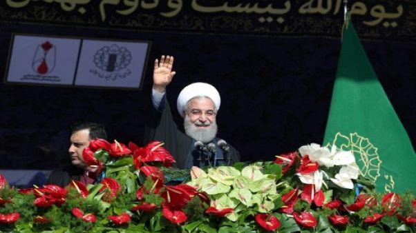 """En Iran, le président prône """"l'unité"""" et la """"confiance"""" dans le peuple"""