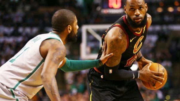 NBA: Cleveland en démonstration, Houston sur sa lancée