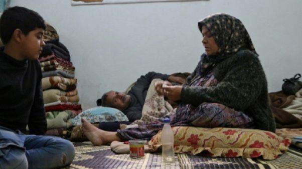 Fuyant les combats, des Syriens s'entassent par dizaines dans des maisons à Afrine