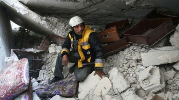 Sous les décombres de la Ghouta, les secouristes syriens retrouvent des proches