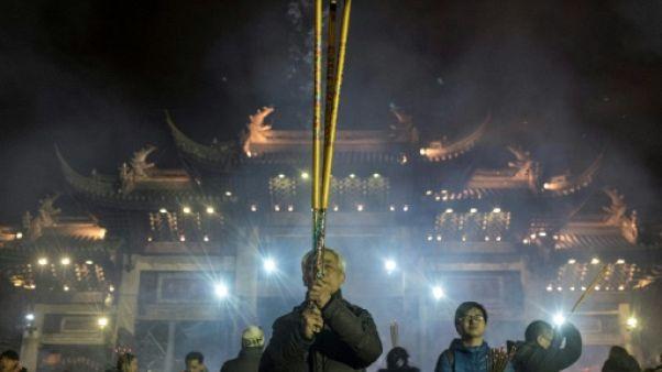 A Pékin, la Chine entre dans l'année du Chien sans pétards ni fracas