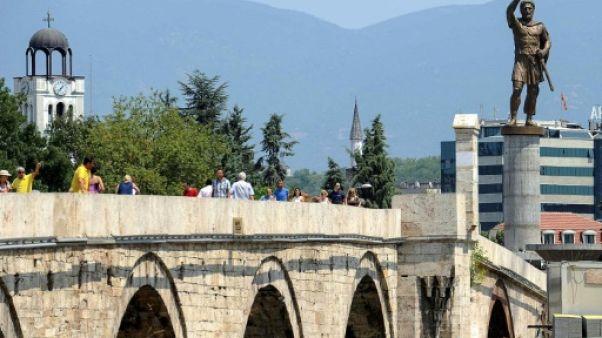 Nom de la Macédoine: l'UE table sur un compromis d'ici juillet