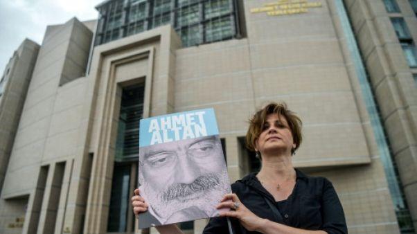 Putsch manqué en Turquie : prison à vie pour trois journalistes renommés