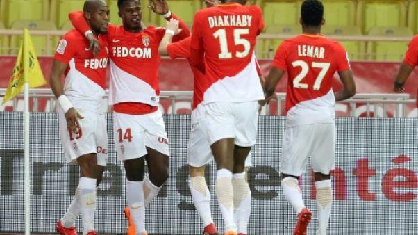 Ligue 1: Monaco met la pression sur Lyon et Marseille