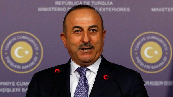 تركيا تقول إنها ستواجه القوات السورية إذا دخلت عفرين لمساعدة الأكراد