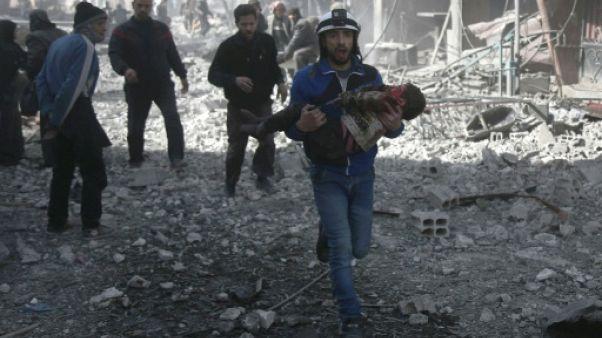 Syrie: 44 civils tués dans des frappes du régime, selon une ONG
