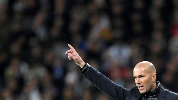 """Real Madrid: pas de départ en vue pour Zidane, malgré l'""""usure"""""""