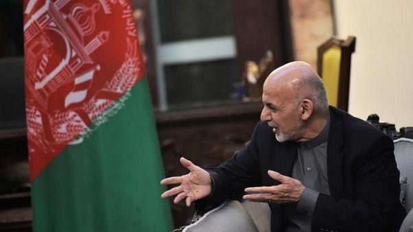 حاكم إقليم في أفغانستان يذعن لقرار عزله بعد اتفاق سياسي