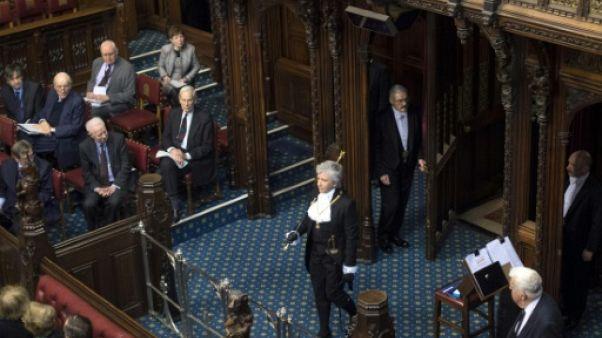 """Une femme devient la première """"black rod"""" du Parlement britannique"""