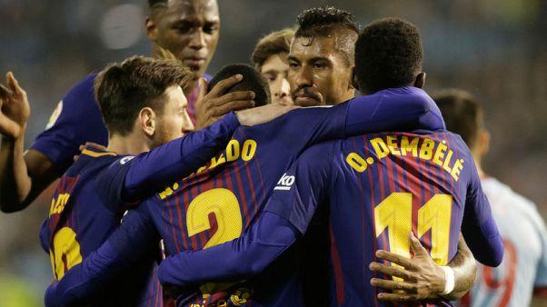 برشلونة بعشرة لاعبين ينجو من انتفاضة سيلتا فيجو ويبقى بلا هزيمة