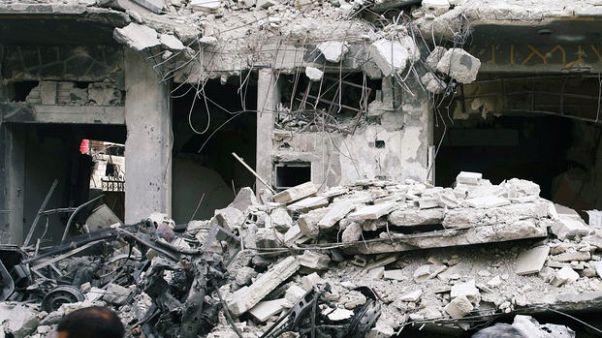 مقترح الهدنة الروسي يفشل في وقف قصف الغوطة الشرقية في بسوريا