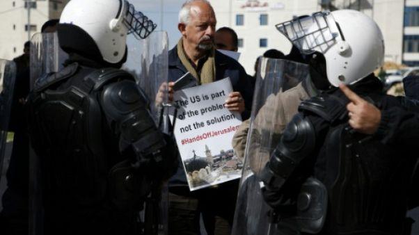 Une délégation de New York accueillie par des jets d'oeufs en Cisjordanie occupée