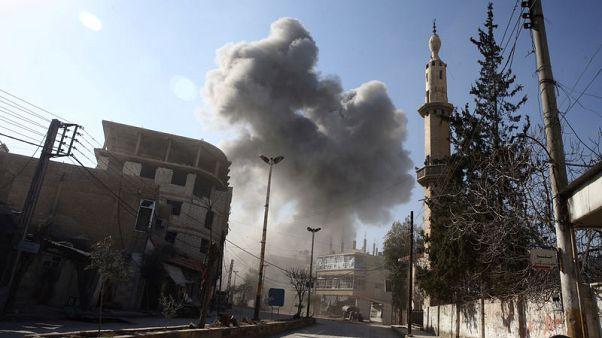 تحقيق-القنابل تفرض نمط حياة جديدا على أهالي الغوطة بسوريا