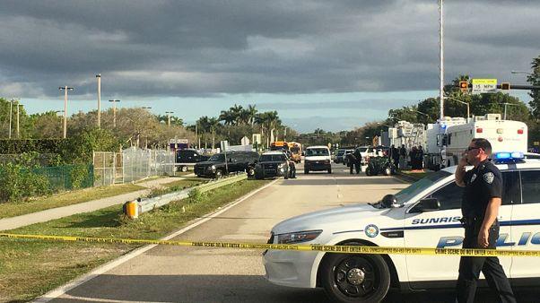استقالة الضابط المكلف بتأمين مدرسة شهدت هجوما في فلوريدا
