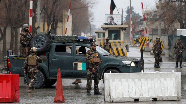 مقتل 24 في هجمات بأفغانستان وسط محاولات لبدء محادثات سلام مع طالبان
