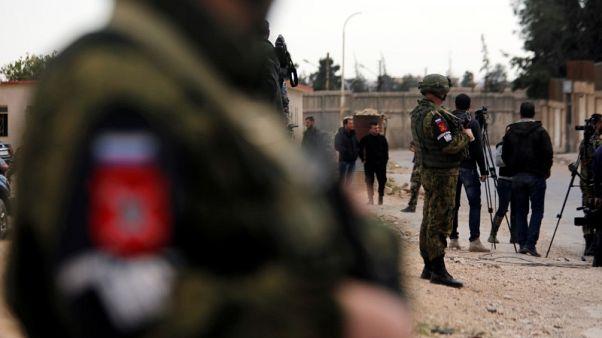 الجيش السوري يكثف هجماته على الغوطة ويحقق مكاسب ميدانية