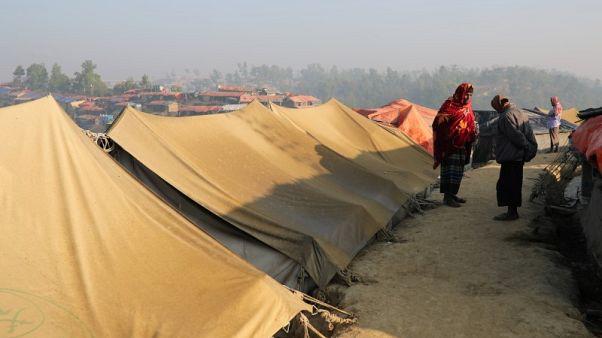 بنجلادش تطلق سراح عمال إغاثة أجانب بعد يوم من احتجازهم
