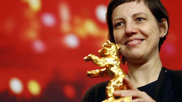 (تتش مي نوت) يقتنص الدب الذهبي لأفضل فيلم في مهرجان برلين السينمائي