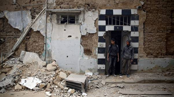 """وكالة: إيران تقول الهجمات على """"إرهابيين"""" في ضواحي دمشق ستستمر"""