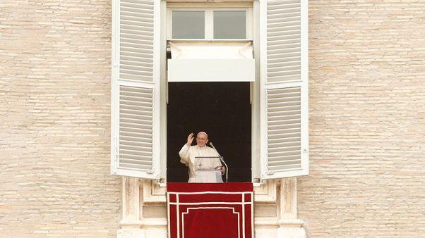 البابا يبدي انزعاجه الشديد لعدم وجود جهود لإحلال السلام في سوريا