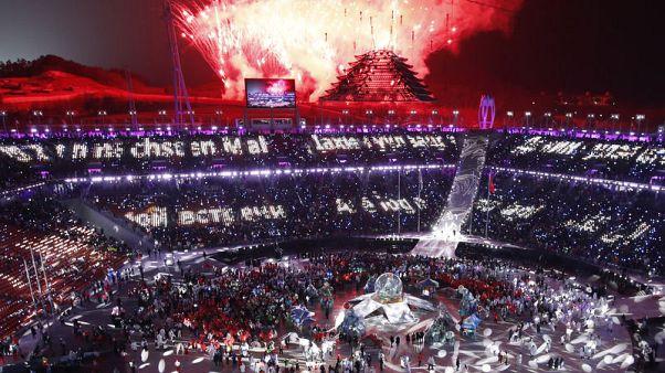 """كوريا الجنوبية تسدل الستار على """"أولمبياد السلام"""""""