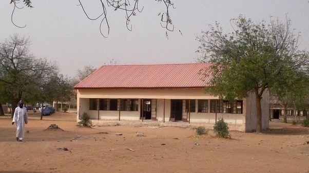 نيجيريا تنشر قوات جوية إضافية للبحث عن فتيات مفقودات