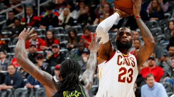 NBA: San Antonio frustre Cleveland, Houston maîtrise Denver