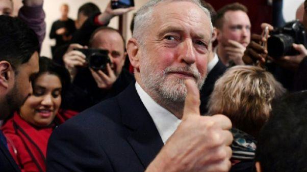 Brexit: le Labour veut une union douanière avec l'UE, May sous pression
