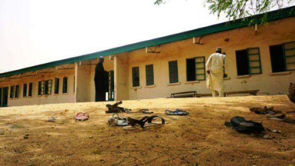 """Le président nigérian reconnaît que les 110 élèves de Dapchi ont été """"enlevées"""""""
