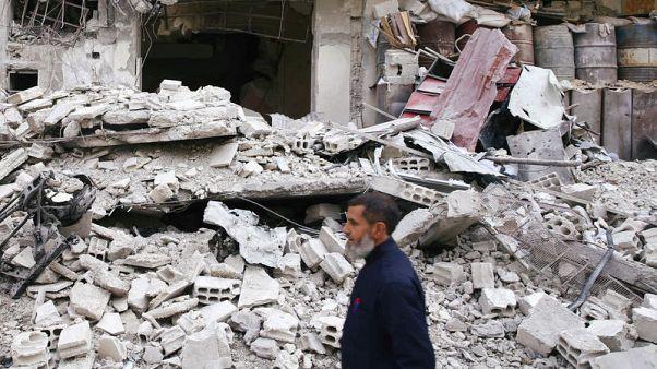 روسيا تتهم المعارضة السورية بقصف ممر لخروج المدنيين من الغوطة