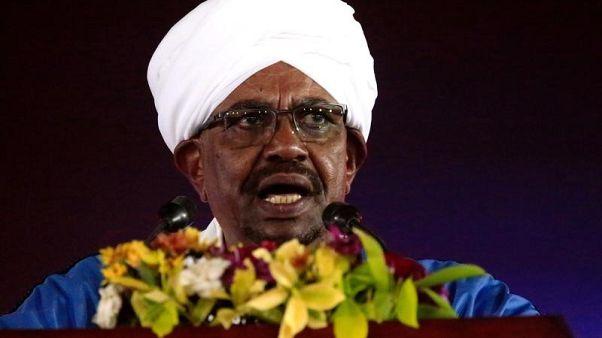 السودان يجري تغييرات في قيادة القوات المسلحة تشمل رئيس الأركان