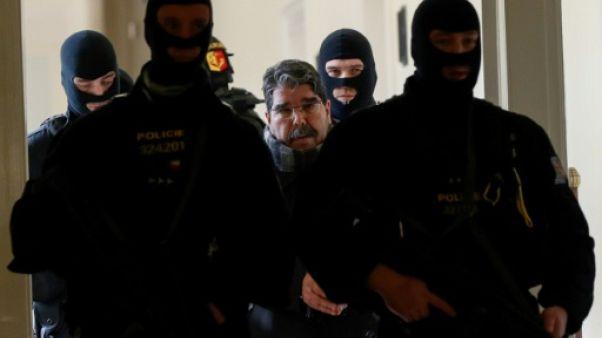 Remise en liberté à Prague du responsable kurde syrien, protestation d'Ankara