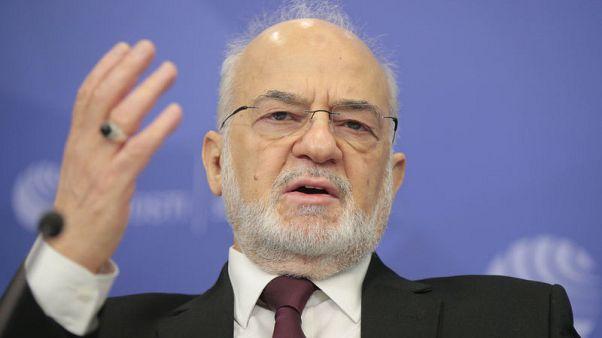 وزير الخارجية: العراق يرحب بالمشاريع بما في ذلك مع روسنفت