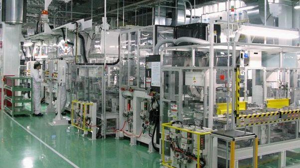 تراجع الإنتاج الصناعي لليابان في يناير مع تراكم المخزونات