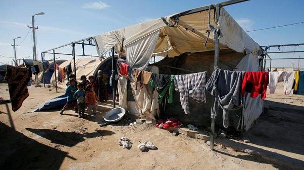 تقرير: إجبار آلاف النازحين العراقيين على العودة لمنازلهم رغم المخاطر
