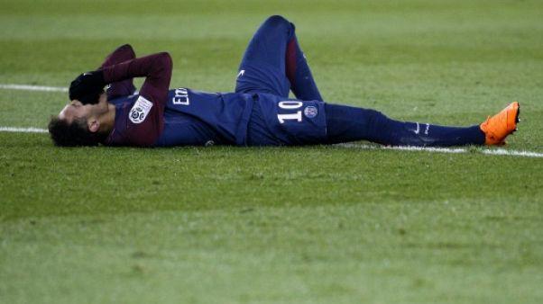 "Neymar opéré samedi, ""jusqu'à trois mois"" de convalescence"
