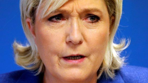 زعيمة اليمين الفرنسي تخضع لتحقيق بسبب تغريدات تتعلق بالدولة الإسلامية
