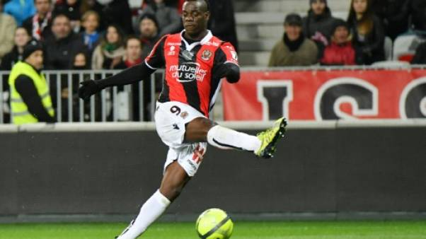 Ligue 1: Balotelli relance Nice et enfonce Lille