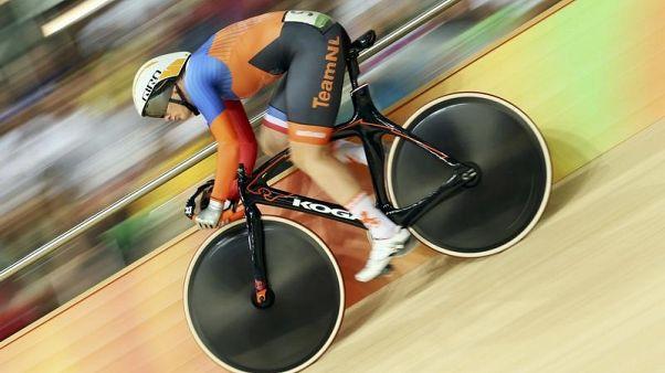 فوجل تعادل رقما قياسيا بالفوز باللقب العالمي 11 (دراجات)