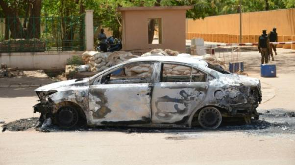 """""""Scènes apocalyptiques"""" à Ouagadougou, un groupe jihadiste revendique les attaques"""