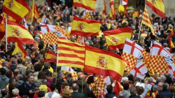 """Catalogne: manifestation pour """"Tabarnia"""", région fictive fidèle à l'Espagne"""