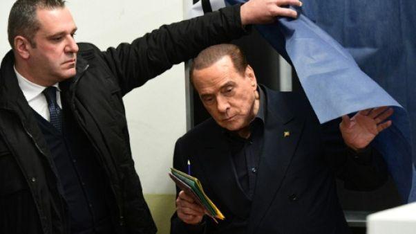 Italie: la droite en tête, mais incertitude sur qui gouvernera