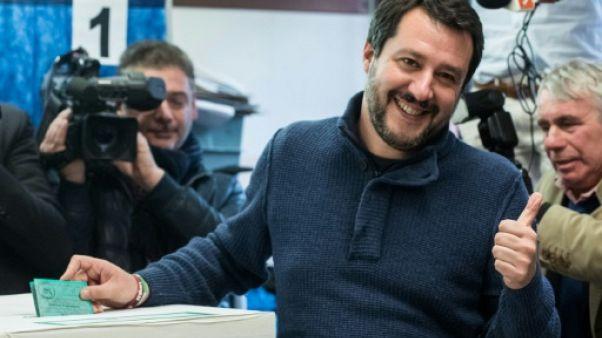 Italie: Matteo Salvini, du sécessionnisme à l'extrême droite triomphante