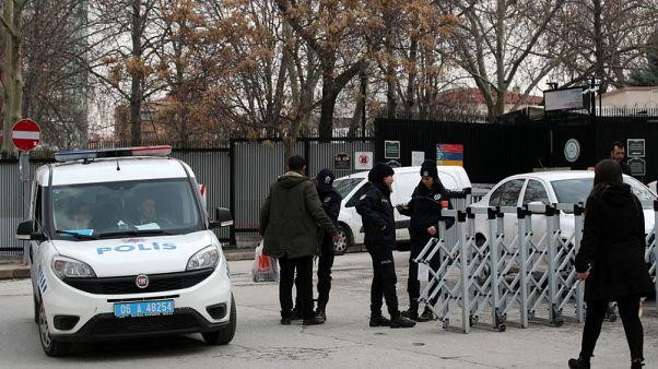 تقارير إعلامية: تركيا تعتقل 12 يشتبه بانتمائهم للدولة الإسلامية